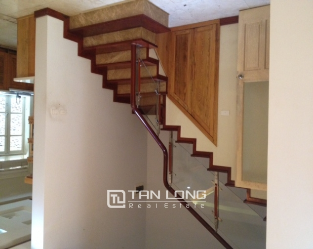 Selling 4 bedroom villa with full furniture in C2 Ciputra Hanoi 4