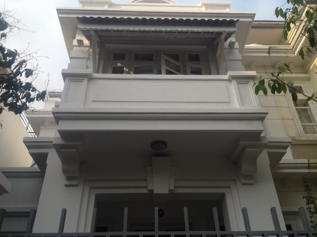 Selling D4 Ciputra villa with 5 bedrooms, basic furniture