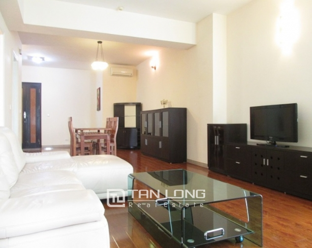 Selling E1 Ciputra apartment, 3 beds/2 baths 1