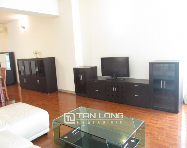 Selling E1 Ciputra apartment, 3 beds/2 baths 2