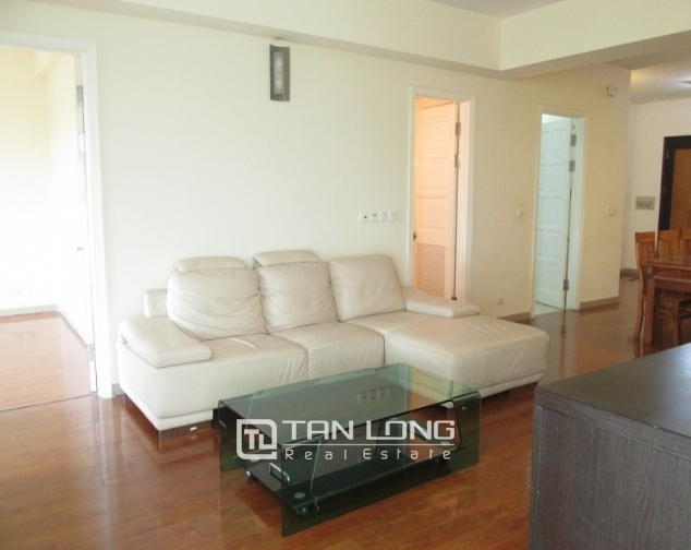 Selling E1 Ciputra apartment, 3 beds/2 baths 3