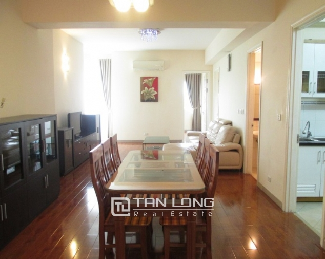 Selling E1 Ciputra apartment, 3 beds/2 baths 4