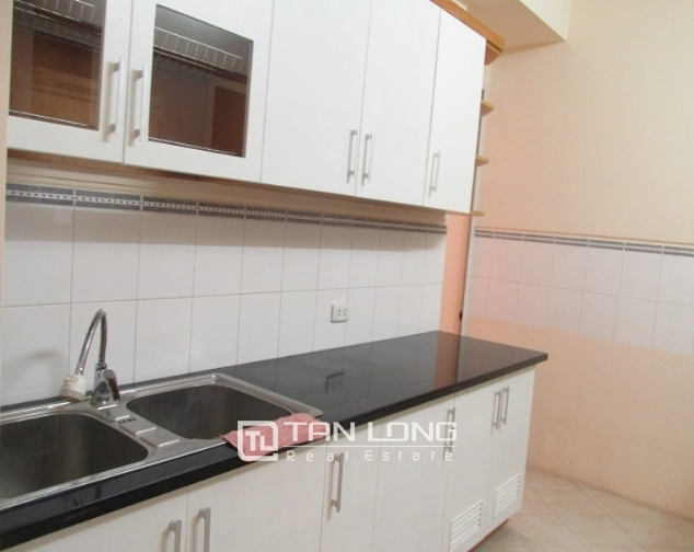Selling E1 Ciputra apartment, 3 beds/2 baths 5