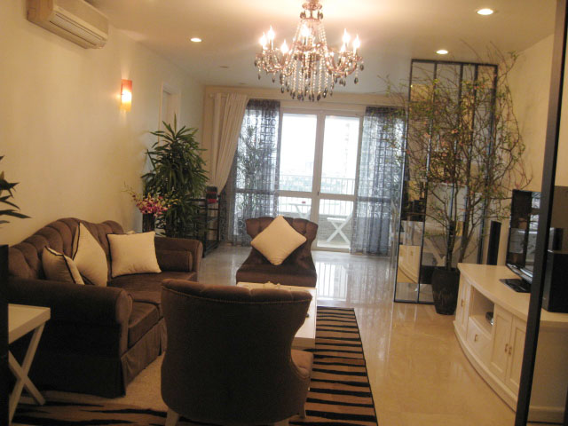 Selling luxury apartment with 3 bedrooms in P2 Ciputra, Tay Ho, Hanoi