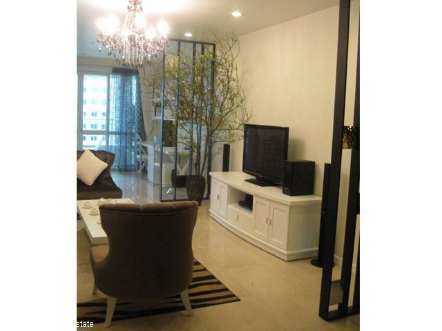 Selling luxury apartment with 3 bedrooms in P2 Ciputra, Tay Ho, Hanoi 2