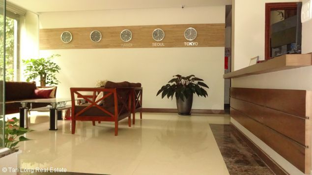 Service apartment for rent in Dang Thai Mai streets 2