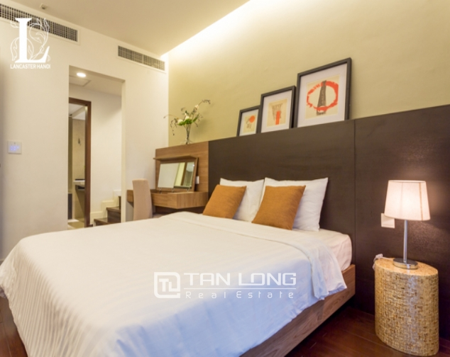 Serviced 2 bedroom apartment for rent in Lancaster Hanoi 5
