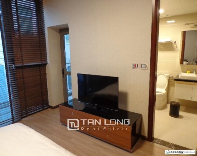 Serviced 2 bedroom apartment for rent on 535 Lane, Kim Ma, Ba Dinh 4