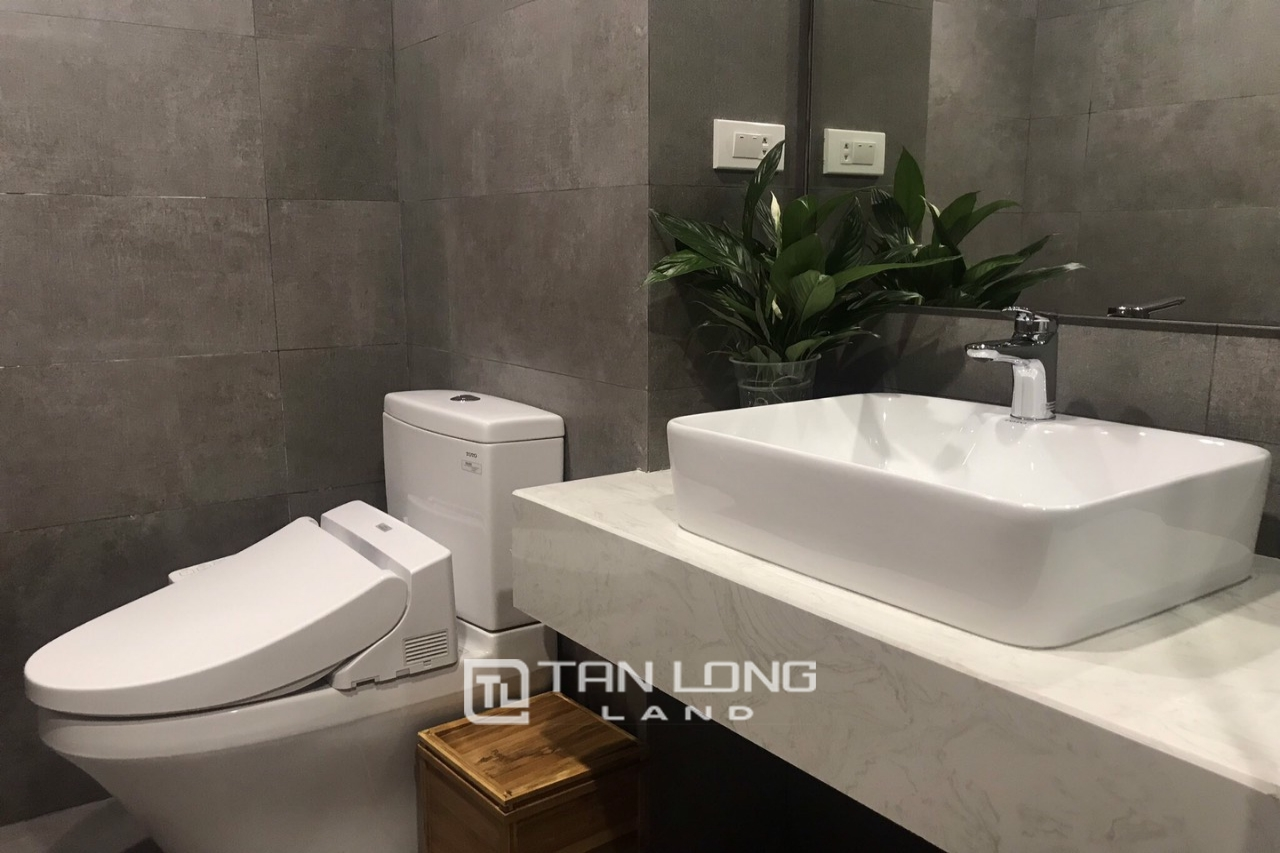 Serviced 2 bedroom apartment for rent on Kim Ma Thuong street, Ba Dinh 3