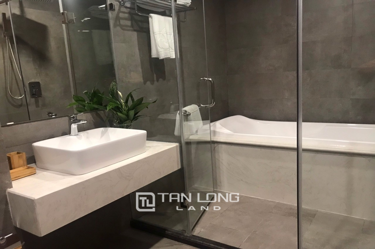 Serviced 2 bedroom apartment for rent on Kim Ma Thuong street, Ba Dinh 4