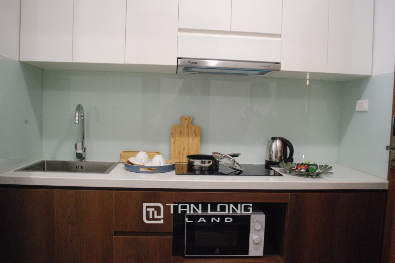 Serviced 2 bedroom apartment for rent on Kim Ma Thuong street, Ba Dinh 7