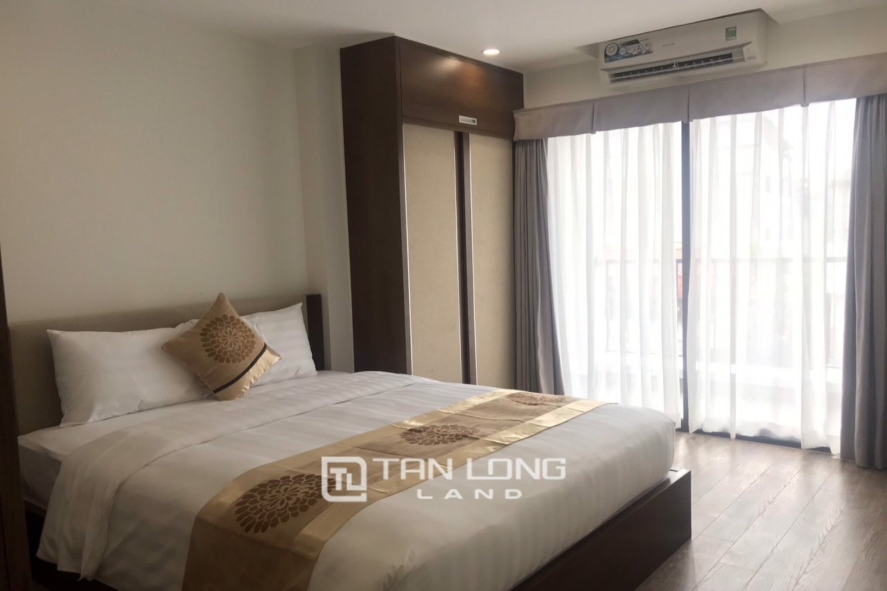 Serviced 2 bedroom apartment for rent on Kim Ma Thuong street, Ba Dinh 11