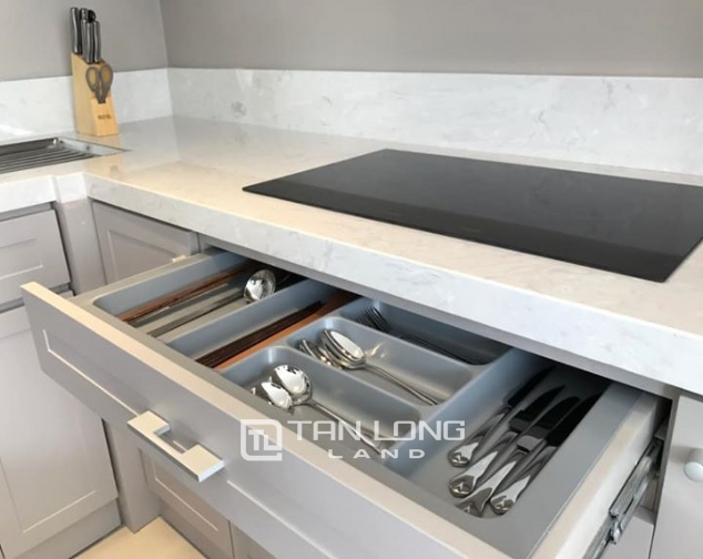 Serviced 2 bedroom apartment for rent on Quang An street, Tay Ho 4