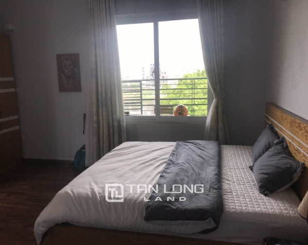 Serviced 3 bedroom apartment for rent on Lane 275, Au Co street 4