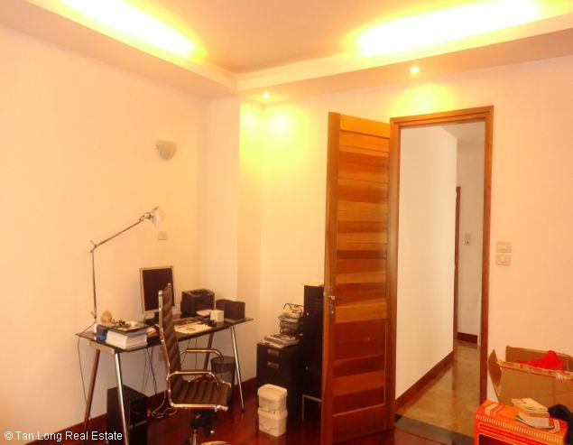 Serviced aparment for rent in Tay Ho district, Ha Noi. 3