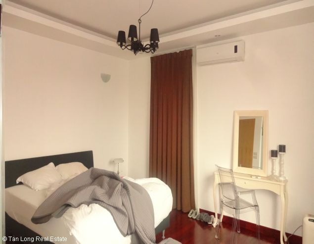 Serviced aparment for rent in Tay Ho district, Ha Noi. 5