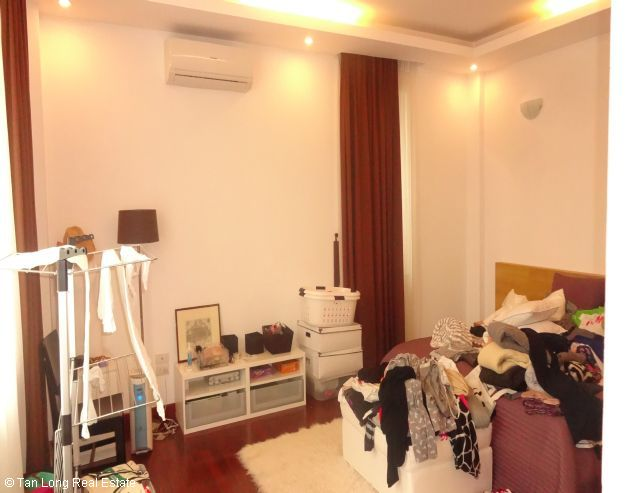 Serviced aparment for rent in Tay Ho district, Ha Noi. 8
