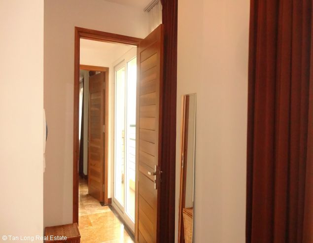 Serviced aparment for rent in Tay Ho district, Ha Noi. 9
