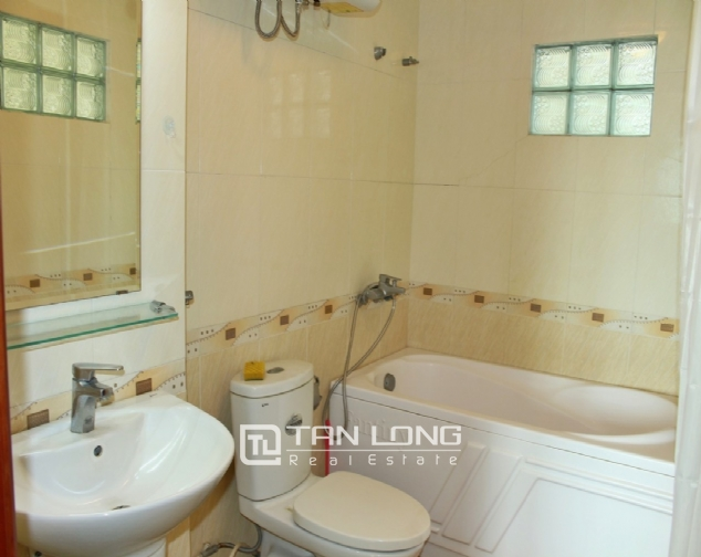 Serviced apartment apartment on lane 260, Doi Can, Ba Dinh 8