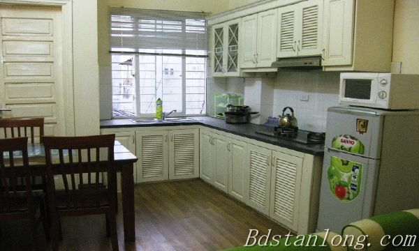 Serviced apartment for lease in Nguyen Khang street
