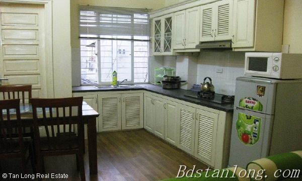 Serviced apartment for lease in Nguyen Khang street 3