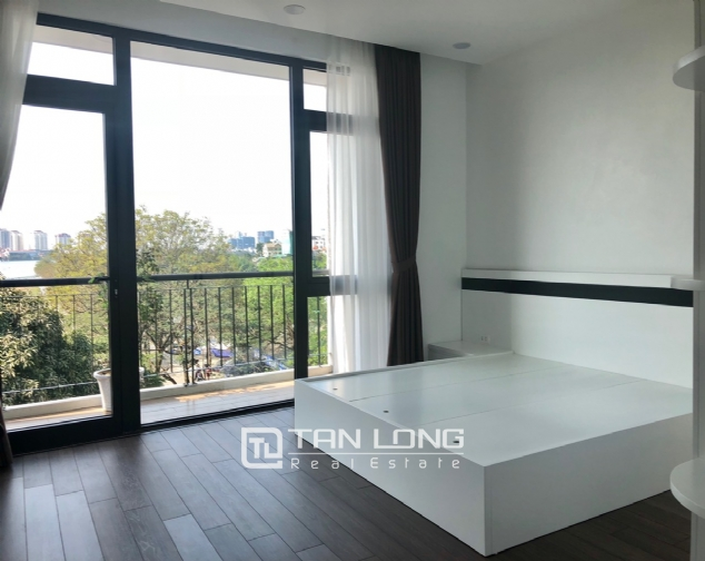 Serviced apartment for rent in Dang Thai Mai street. 7