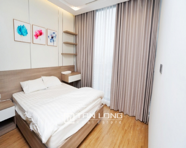 Serviced apartment for rent in Vinhomes Metropolis 5