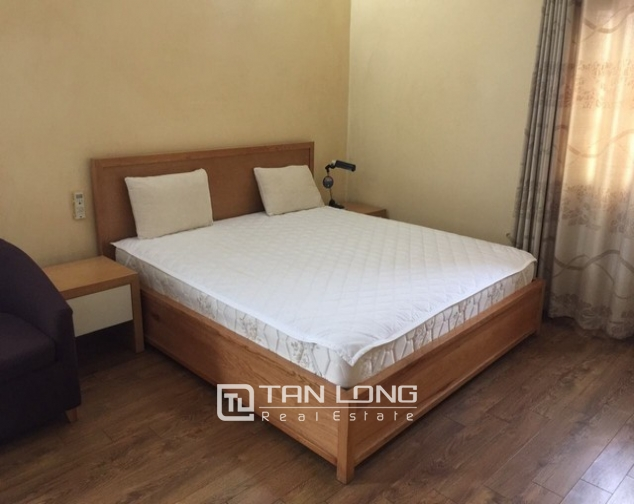 Serviced apartment for rent on Hue street 4