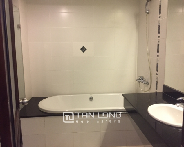 Serviced apartment for rent on Lane 275, Au Co street,Tay Ho 6