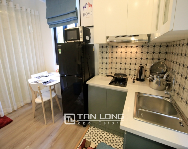 Serviced apartment for rent on Ong Ich Khiem, Ba Dinh district 4