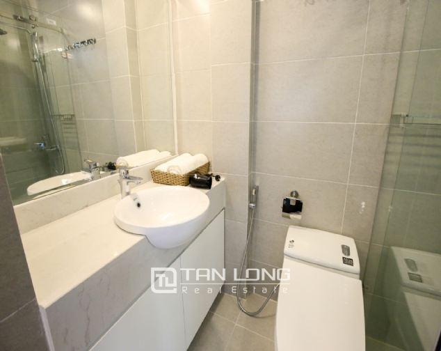 Serviced apartment for rent on Ong Ich Khiem, Ba Dinh district 8