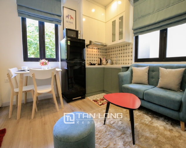 Serviced apartment for rent on Ong Ich Khiem, Ba Dinh district 1