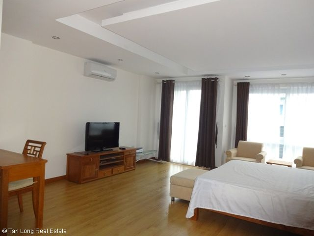 Serviced apartment in Cau Giay district for rent 3