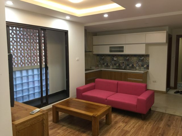 Serviced apartment in Tran Quoc Toan street, Hoan Kiem dist for lease