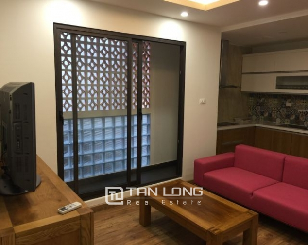 Serviced apartment in Tran Quoc Toan street, Hoan Kiem dist for lease 2