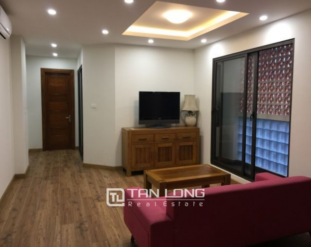 Serviced apartment in Tran Quoc Toan street, Hoan Kiem dist for lease 3
