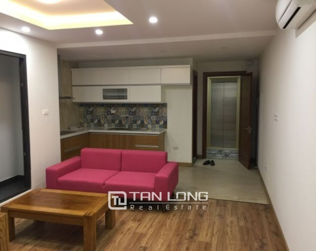 Serviced apartment in Tran Quoc Toan street, Hoan Kiem dist for lease 4