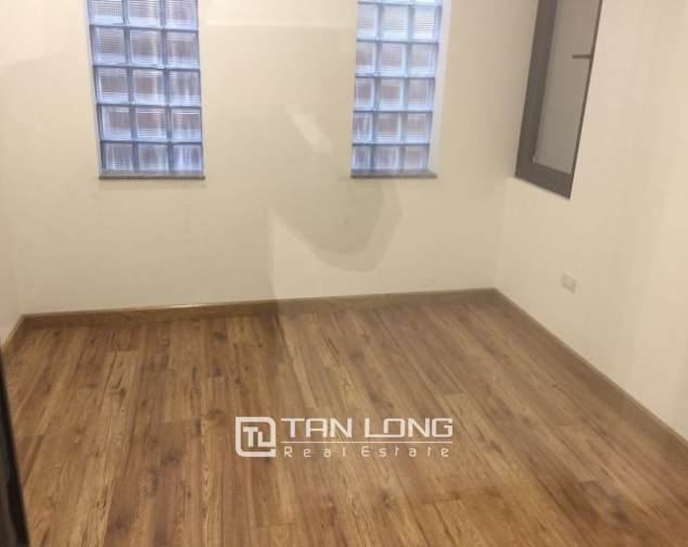 Serviced apartment in Tran Quoc Toan street, Hoan Kiem dist for lease 6