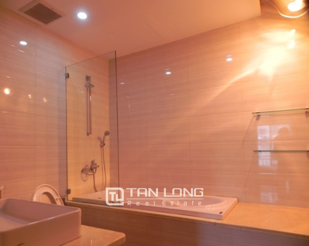 Serviced apartment with 1 bedroom for lease in Pham Ngoc Thach, Dong Da district 9