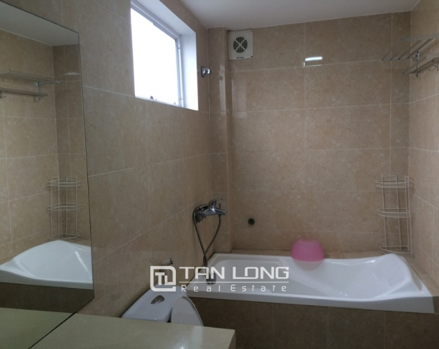Serviced apartment with 1 bedroom for rent in Trung Kinh, Cau Giay 5