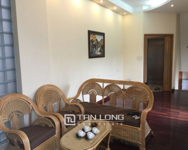Serviced apartments in Hang Than street, Hai Ba Trung district, Hanoi for lease 1