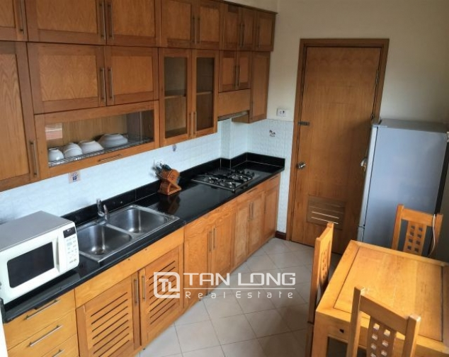Serviced apartments in Hang Than street, Hai Ba Trung district, Hanoi for lease 3