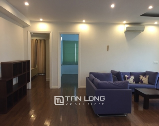 So Adorable and reasonable 3 bedroom full furnished apartment for rent in E5 building, Ciputra 5