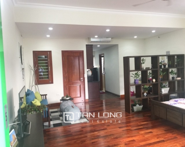Spacious 1 bedroom service apartment for rent in Ton That Thiep street, Ba Dinh district 1