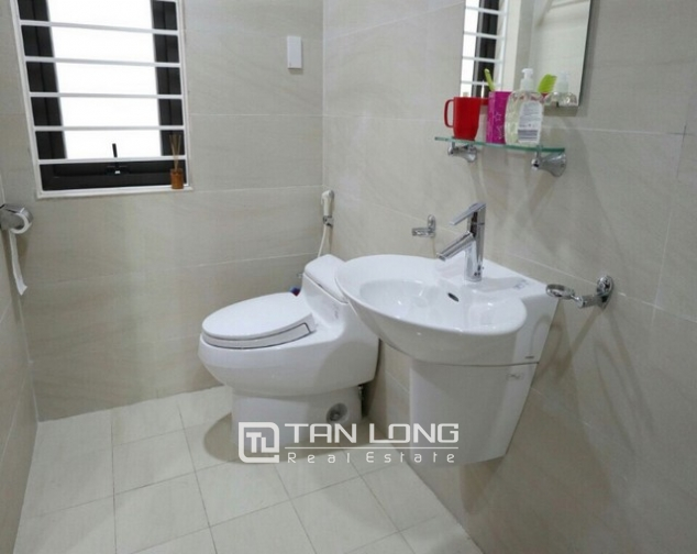 Spacious 1 bedroom service apartment for rent in Ton That Thiep street, Ba Dinh district 6