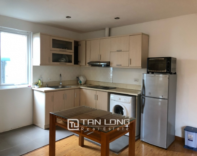 Spacious 1-bedroom apartment on Dang Thai Mai street, Tay Ho district! 3