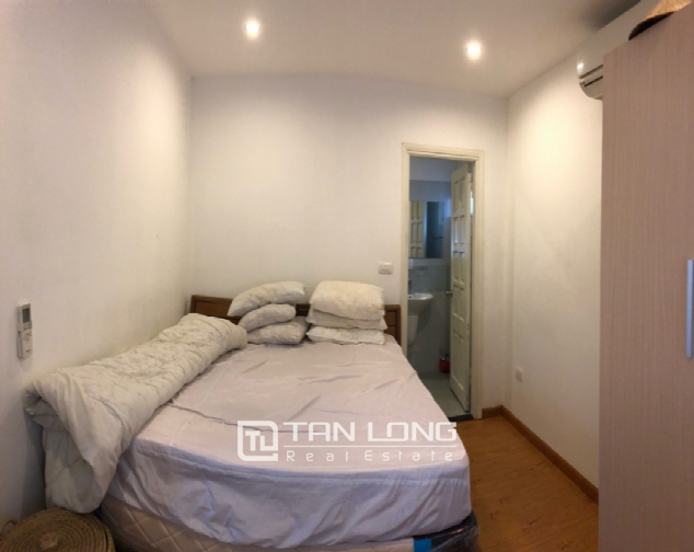Spacious 1-bedroom apartment on Dang Thai Mai street, Tay Ho district! 8