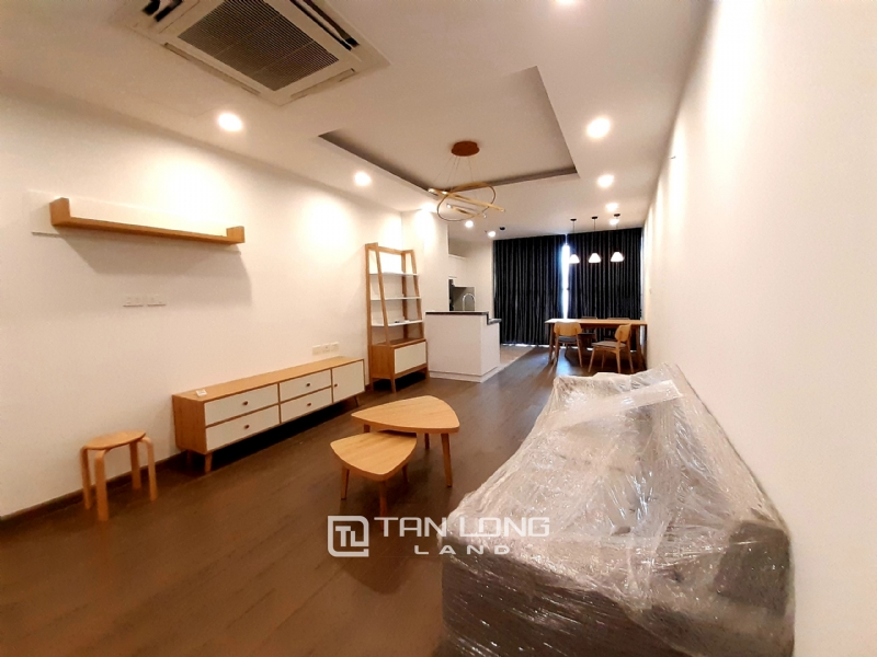 SPACIOUS 2 bedroom apartment for rent in Twin Tower, 265 Cau Giay 2