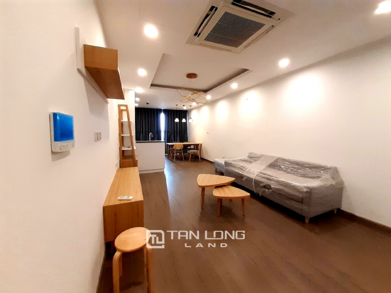 SPACIOUS 2 bedroom apartment for rent in Twin Tower, 265 Cau Giay 3