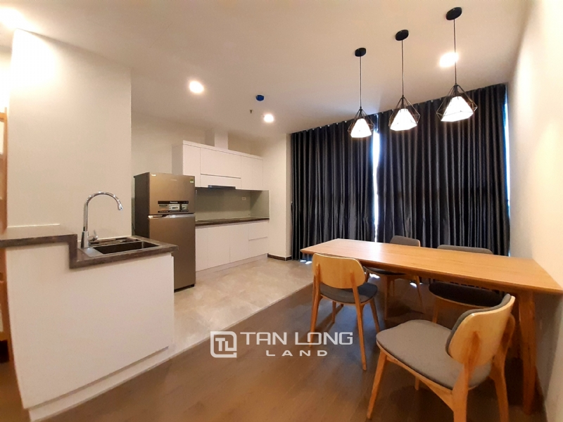 SPACIOUS 2 bedroom apartment for rent in Twin Tower, 265 Cau Giay 4